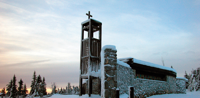 Påske gudstjenester i Sjusjøen Fjellkirke 2012