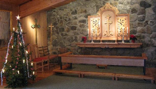 sjusjoen-kirke-i-julestemning